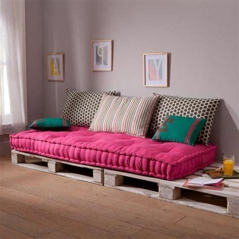 canapé lit avec vrai matelas choisir un beau matelas pour banquette idées déco en 45
