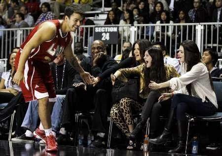Rob Kardashian Goes to Rehab Seeking Treatment for ...
