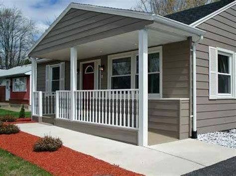 Front Porch Ideas For Homes by Small Ranch Style House With Front Porch Designs This