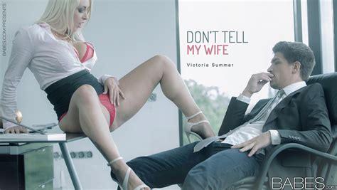 blonde secretary victoria summers seducing office sex in long black skirt