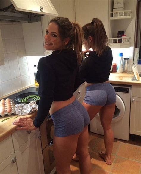 Hot Twin Body Builders Pics