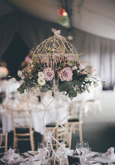 How To Style A Subtle Pink Wedding Theme In 7 Steps