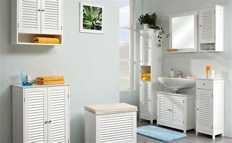 amenager  ranger sa salle de bains avec des meubles