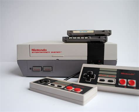 Nes Nintendo Entertainment System Console With 2 Games