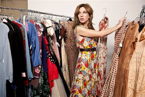 How to Find Vintage Clothing + Accessories at a Thrift Store - Broke and ChicBroke and Chic