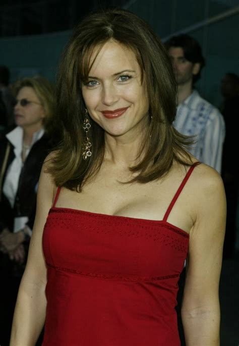 actress kelly preston kelly preston weight loss sheds 39 pounds with new diet