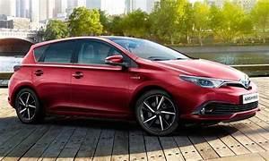 Essai Toyota Auris Hybride 2017 : configurateur nouvelle toyota auris hybride et listing des prix 2018 ~ Gottalentnigeria.com Avis de Voitures
