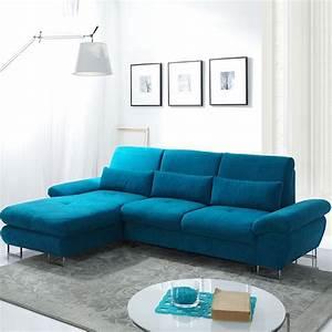 1001 idees deco salon bleu canard paon petrole du With tapis de couloir avec canapé bleu canard scandinave