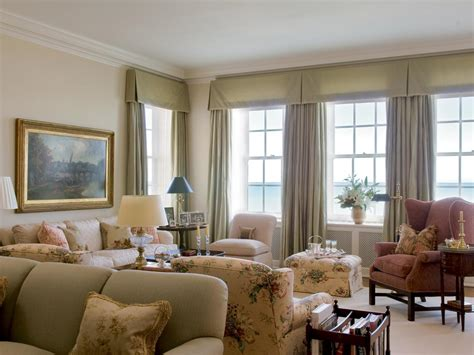 Living Room Picture Window Ideas by Best Window Treatments For 3 Windows In A Row Home Intuitive