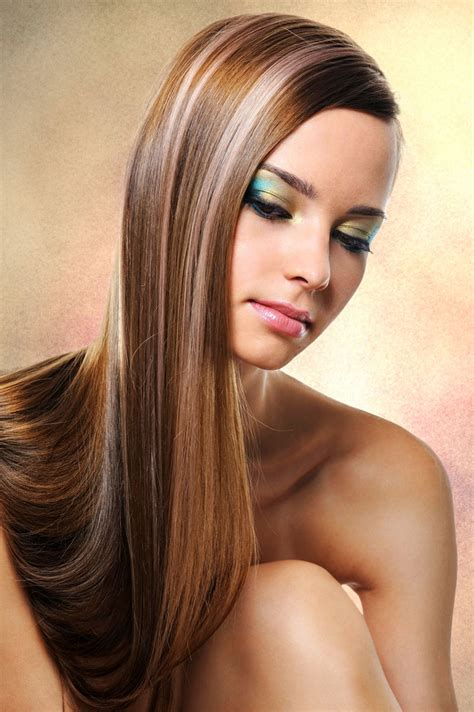 einfache frisur fuer extrem lange haare glatte haare