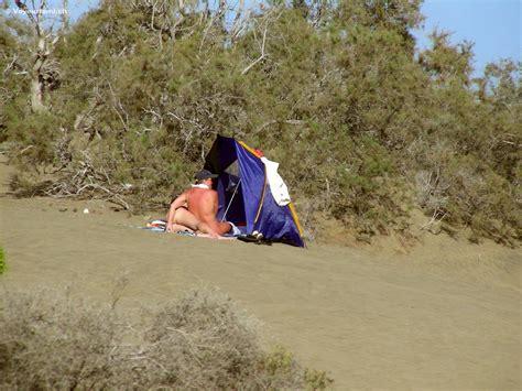 Gran-Canaria dunes voyeur
