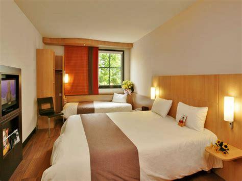 chambre ibis hotel hôtel ibis caen centre port de plaisance tourisme calvados