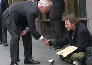 Malcolm Turnbull criticised for giving homeless man money ...