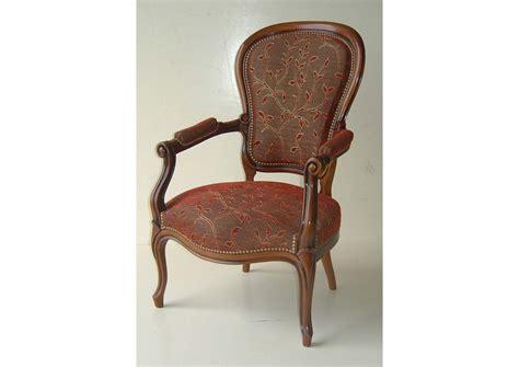 magasin de meuble de cuisine acheter votre fauteuil louis philippe chez simeuble