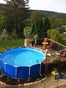 amenagement piscine hors sol piquet d39acacia lame With terrasse en bois pour piscine hors sol 5 piscine 100 bois decouvrez cette nouvelle piscine bois