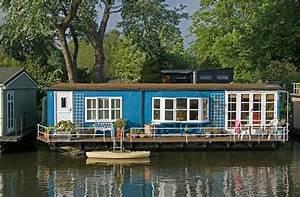 Wohnen Auf Dem Hausboot : potentiell mobil und autark wohnen auf dem wasser tiny houses ~ Markanthonyermac.com Haus und Dekorationen