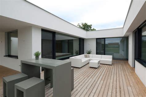 Moderner Bungalow Mit Garage by Paschinger Architekten Zt Kg Moderner Bungalow Mit