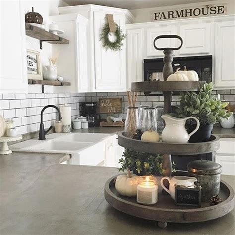 Check out our farmhouse kitchen wall decor selection for the very best in unique or custom, handmade pieces from our signs shops. 42 Amazing Farmhouse Kitchen Decor Ideas For Inspiration - ROUNDECOR