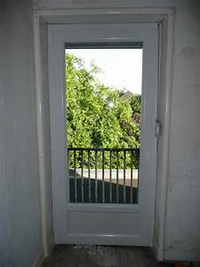 une porte d39entree une porte vitree une porte securisee With porte d entree securisee