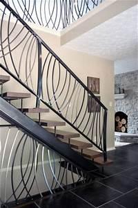 Rampe D Escalier Moderne : rampe d 39 escalier moderne en fer forg a cuers ferronnier var 83 ferronnerie d 39 art la reinette ~ Melissatoandfro.com Idées de Décoration