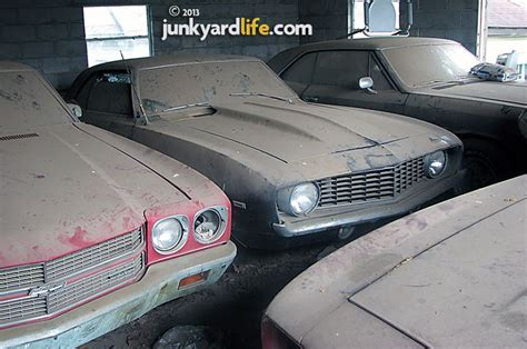 barn find cars pics cars muscle cars barn finds hot
