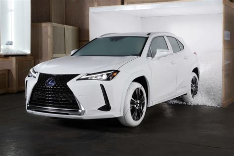 lexus ux rocks bespoke tires based  john elliotts nike