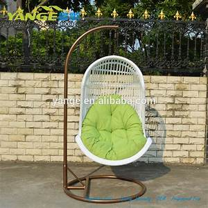 Birds nest chair finest bird bistro chair with birds nest for Patio furniture covers makro