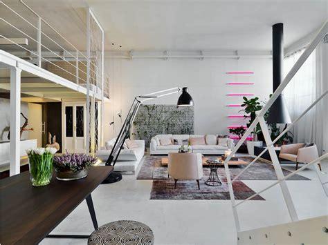 creative lofts fit  stylish artists