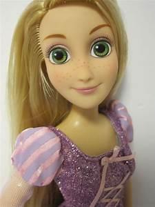 Rapunzel Online Shop : never grow up a mom 39 s guide to dolls and more 2016 disney store rapunzel doll review comparison ~ Watch28wear.com Haus und Dekorationen