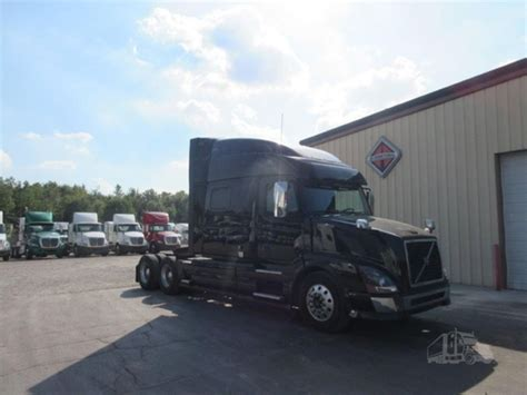 2015 volvo trucks for sale 2015 volvo vnl64t670 for sale 32 used trucks from 59 900