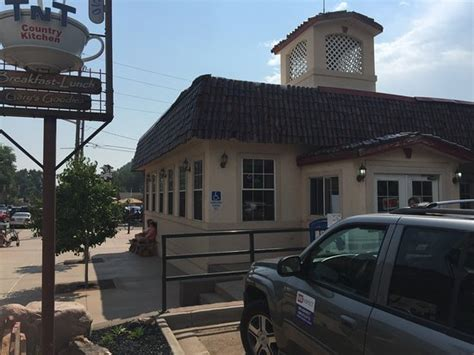 Tnt Country Kitchen  American Restaurant  408 Bear Creek