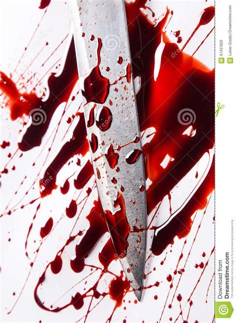 Concept De Meurtre  Couteau Avec Le Sang Sur Le Fond