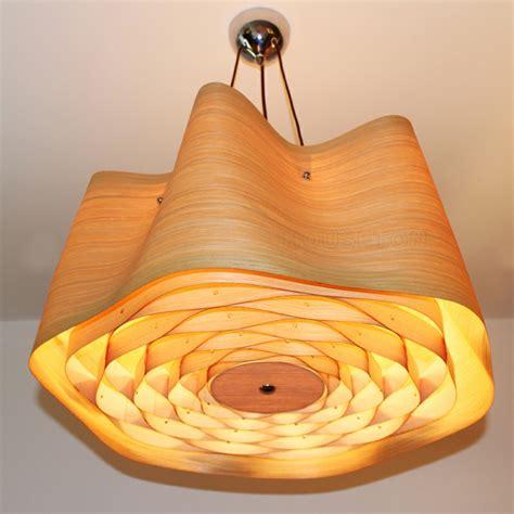 lamparas de madera colgantes  los interiores