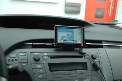 navi mit blitzerwarner mit welchen portablen navis seid ihr so unterwegs priusforum