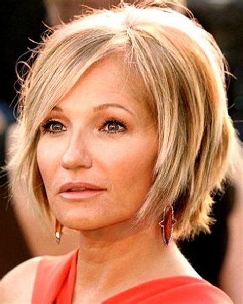 short hairstyles  women   oval face haircuts