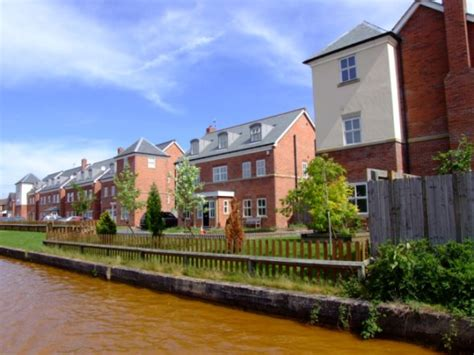 Old Boatyard Worsley by Canalscape Book 5