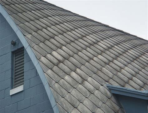 netherlands orders  asbestos roofs removed