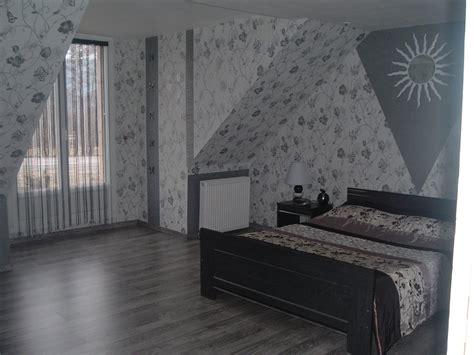 chambre moderne blanche beautiful chambre grise et blanche moderne ideas design
