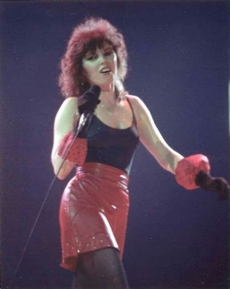 Pin by lisa j crosby on ♥ PAT BENATAR ♥ | Pat benatar, Top ...