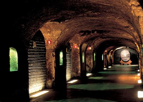 chambre d hote epernay resa i chagne provning sabrering av chagne stockholm