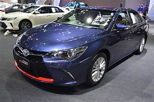 Toyota Camry ESport showcased at BIMS 2017 Indian