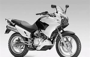 Forum 125 Varadero : honda varadero 125 najlepsze filmy i opinie skutery motorowery motocykle 125 ~ Medecine-chirurgie-esthetiques.com Avis de Voitures