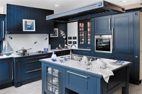 cuisine en bois bleue photo 4 10 originalité et grandeur on se croirait aux