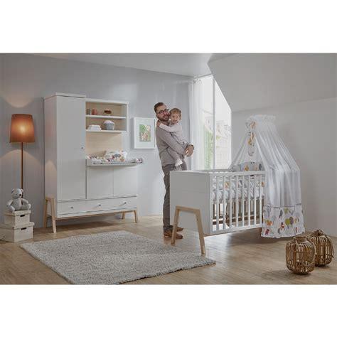 chambre bebe bois blanc schardt set pour chambre duenfant nature avec