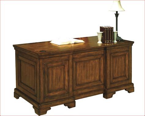 aspen home desk furniture aspen executive desk as49 303