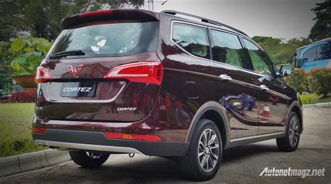 Review Wuling Cortez by Wuling Cortez 2018 Belakang Autonetmagz Review Mobil