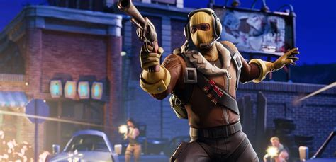 Fortnite Battler Royal Makes Its Way To Android And Ios