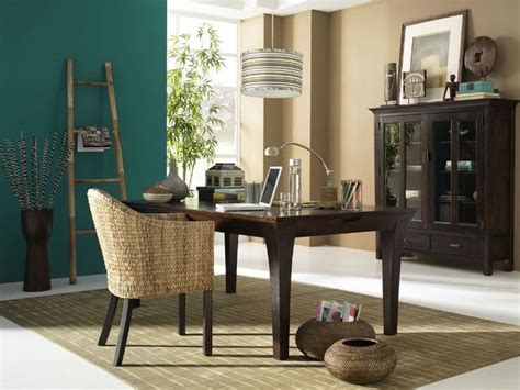 Deep emerald works well with Asian inspired décor Paint
