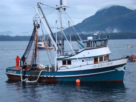 Alaska Salmon Boats For Sale by Metlakatla Ak M V Catching Salmon In S E Ak