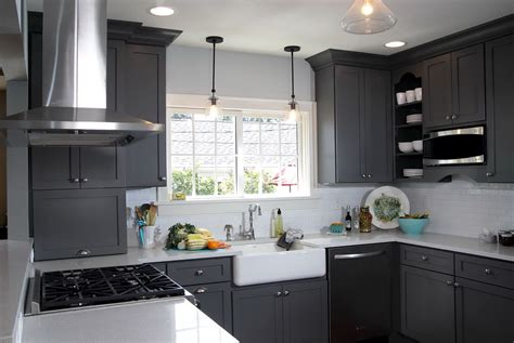kitchen cabinets with grey walls gray kitchen walls with cabinets home design ideas 9513